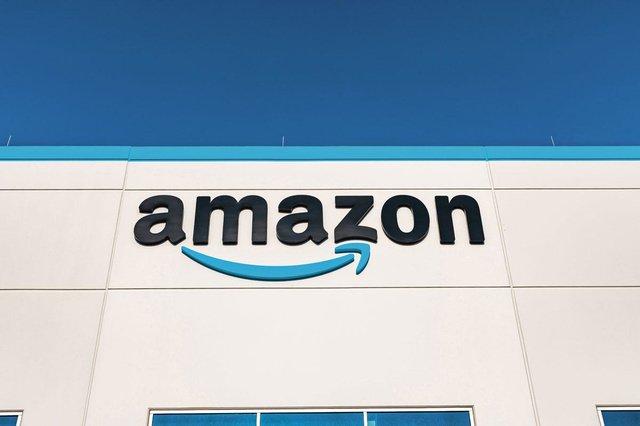 Amazon: 75,000 hires in North America, vaccine bonus - companies