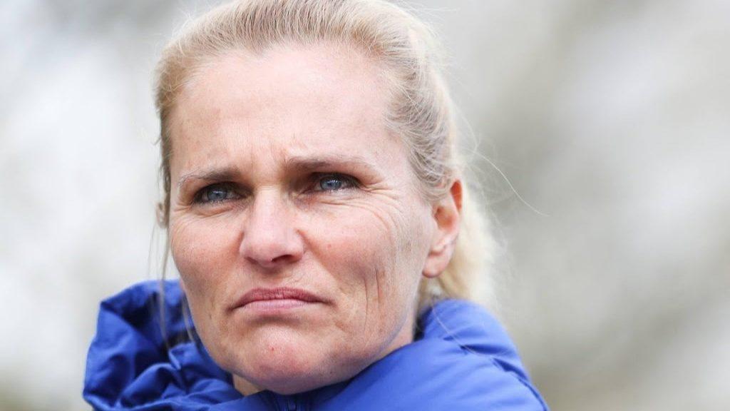 Brit Mark Parsons (34) succeeds Wiegman as national football players coach