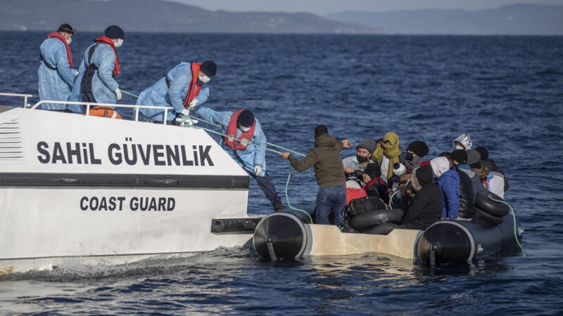 Council of Europe wants Greece to stop sending migrants back to sea