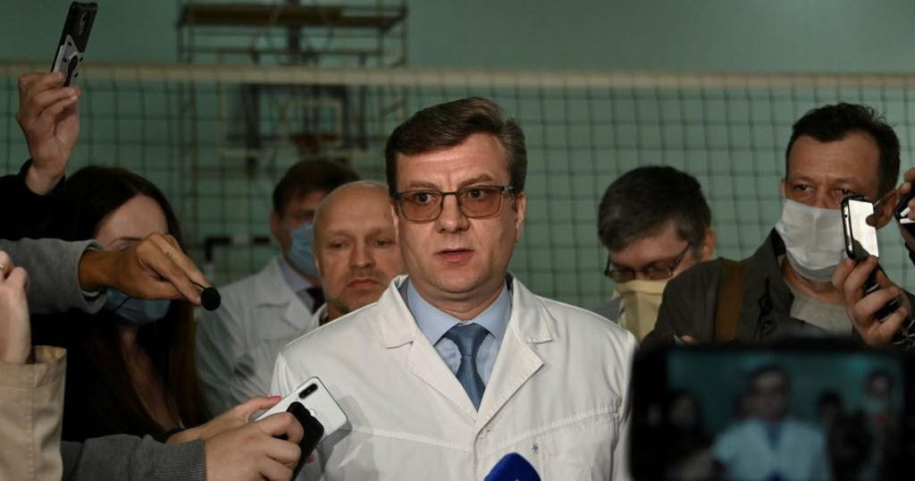 Doctor who treated poisoned Navalny disappeared after the hunt |  Abroad