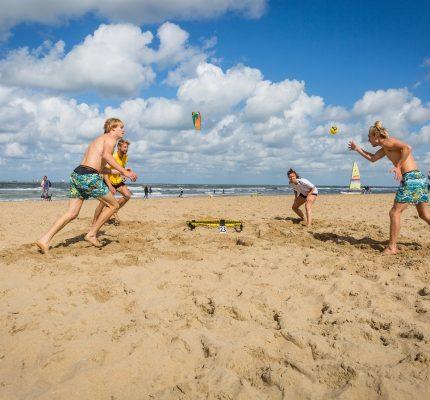 Online sales of 'offline' outdoor games have tripled in the Netherlands