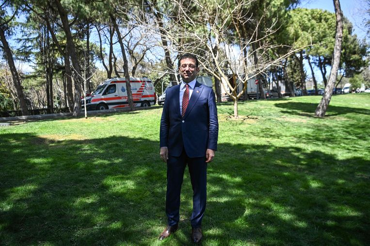 Prosecutors demand Istanbul mayor's prison for allegedly insulting electoral council