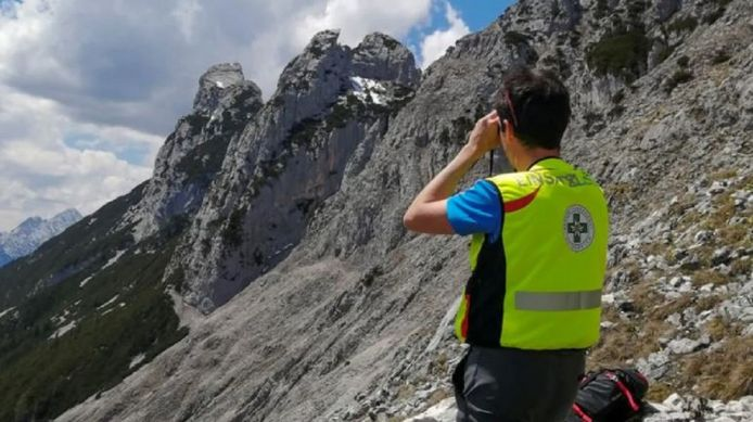 The search for the missing German mountaineer continued yesterday in Leutasch and Scharnitz.