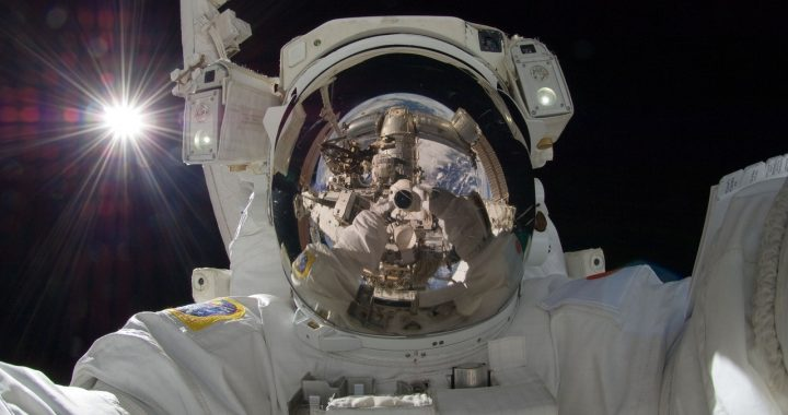 Nearly 1,000 Dutch people apply as astronauts at ESA