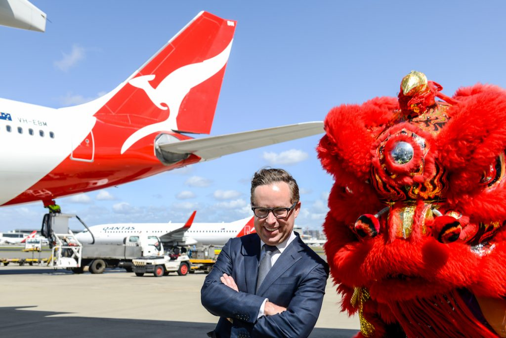 Qantas travelers returning to US and UK according to CEO
