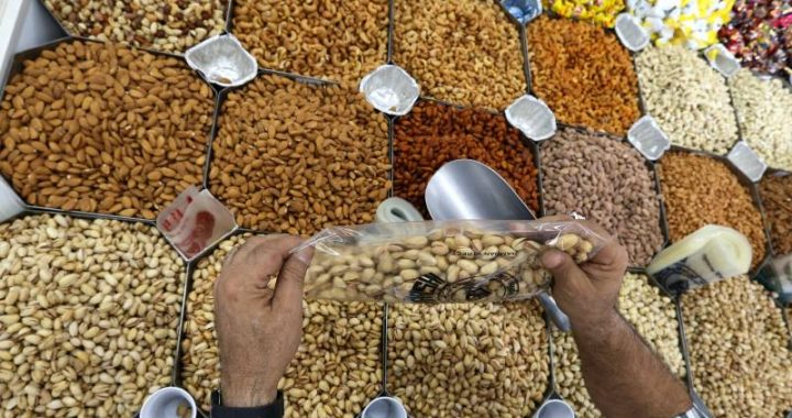 American arrested for stealing 20,000 kilos of pistachios