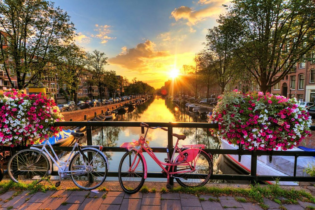 Americans can now travel to the Netherlands
