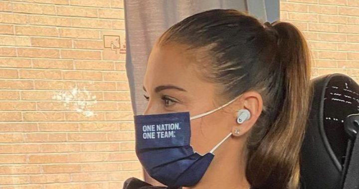 Another top athlete spotted with unannounced Apple earplugs