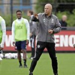 """Arne Slot leads Feyenoord's first training session: """"Close the gap with the champion"""" 