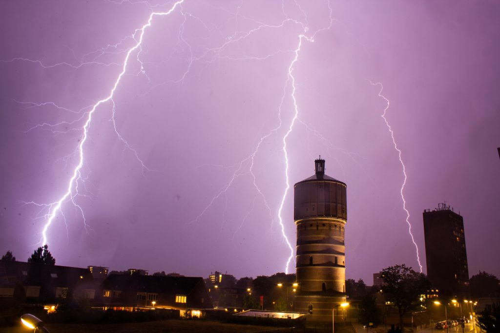 Here's what you need to know about severe thunderstorms ahead