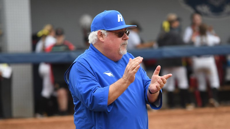 Miller announces his retirement.  End a legendary career