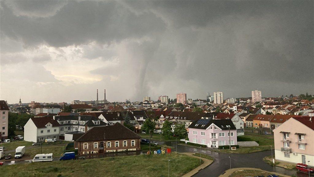 """Tornado wreaks havoc in Czech Republic, """"five dead"""""""