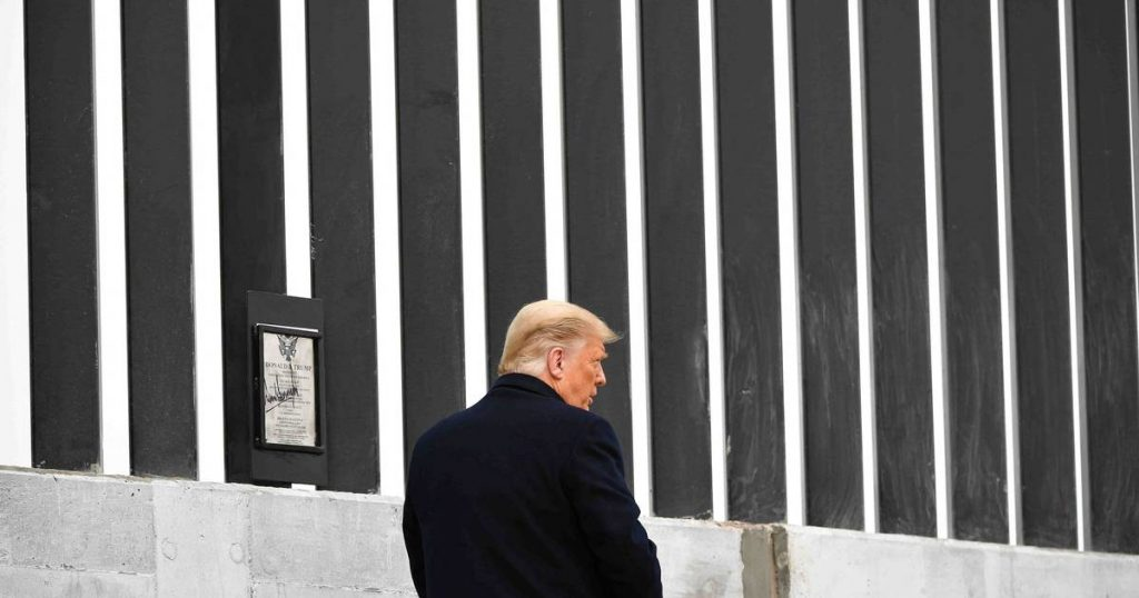 Trump visits southern U.S. border at invitation of governor of Texas abroad
