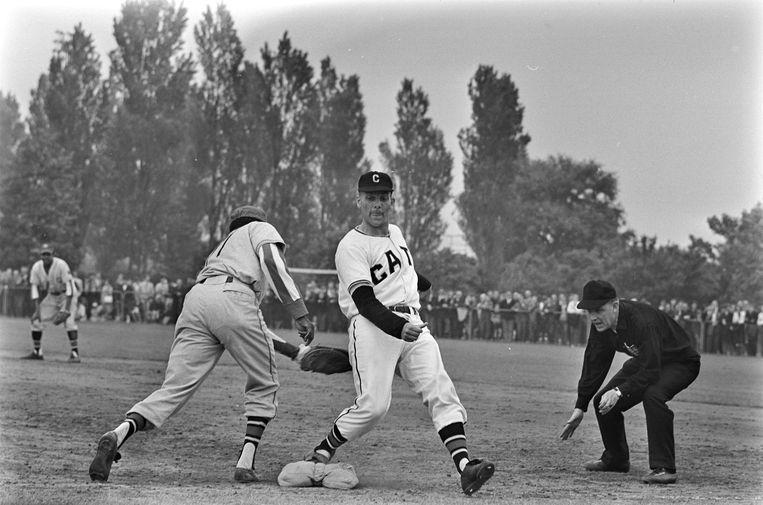 Han Urban (1927-2021): baseball pioneer