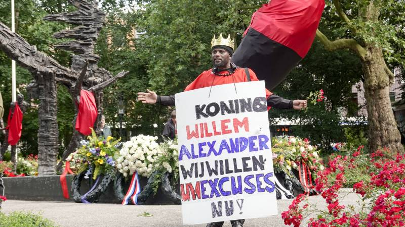 Advice: The Dutch government should apologize for slavery