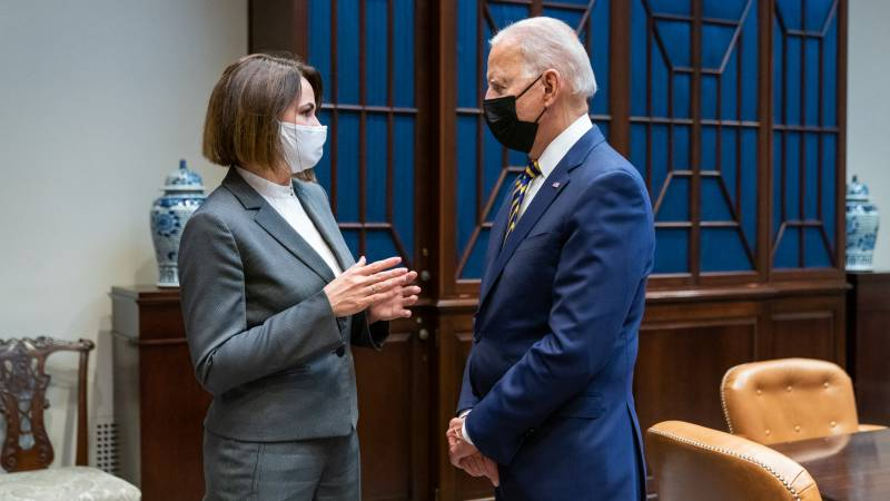 "Belarusian opposition leader received at White House: ""Support moral obligation"""