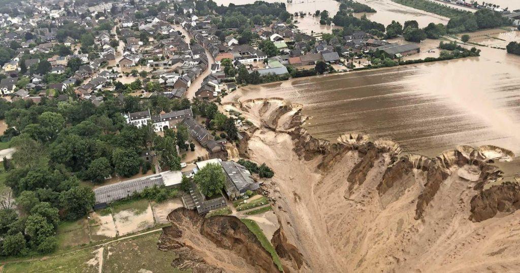 Bizarre images: dead and missing after landslide in North Rhine-Westphalia |  Abroad