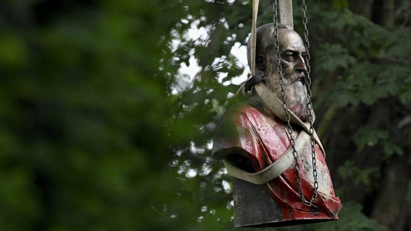 Bust of controversial King Leopold II disappeared in Ostend