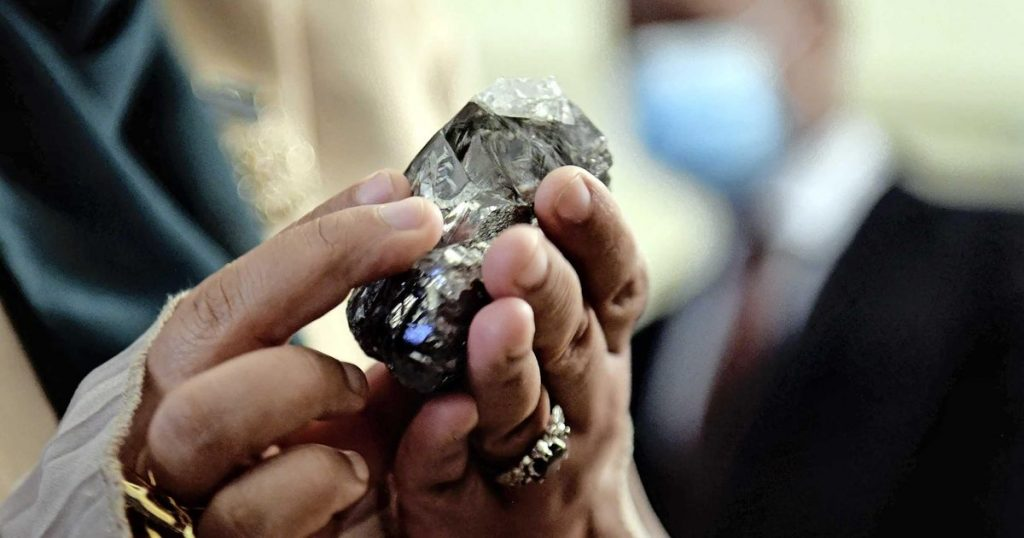 Diamond fever leads to the discovery of a second giant stone |  Financial