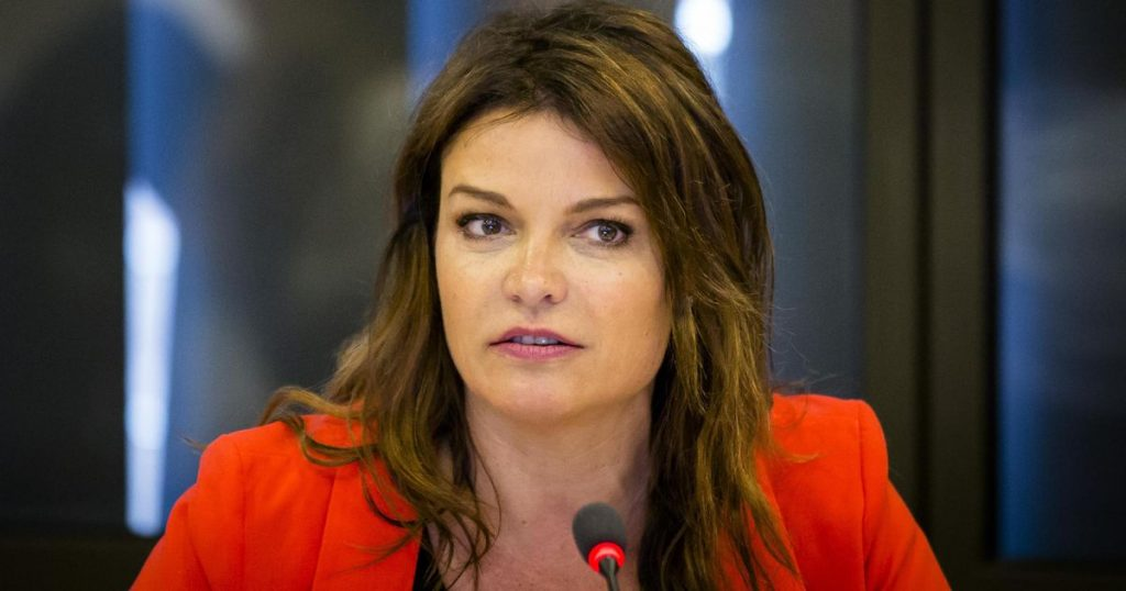 """Goedele Liekens single again: """"You are not a good partner if you have cancer"""" gossip"""