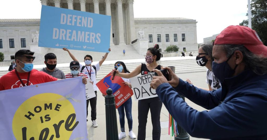 Judge: No protection against deportation for new 'illegal' migrant children United States |  Abroad