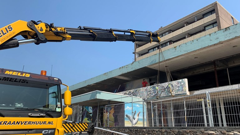 Memorable mosaics removed from the facade of the former Britannia hotel