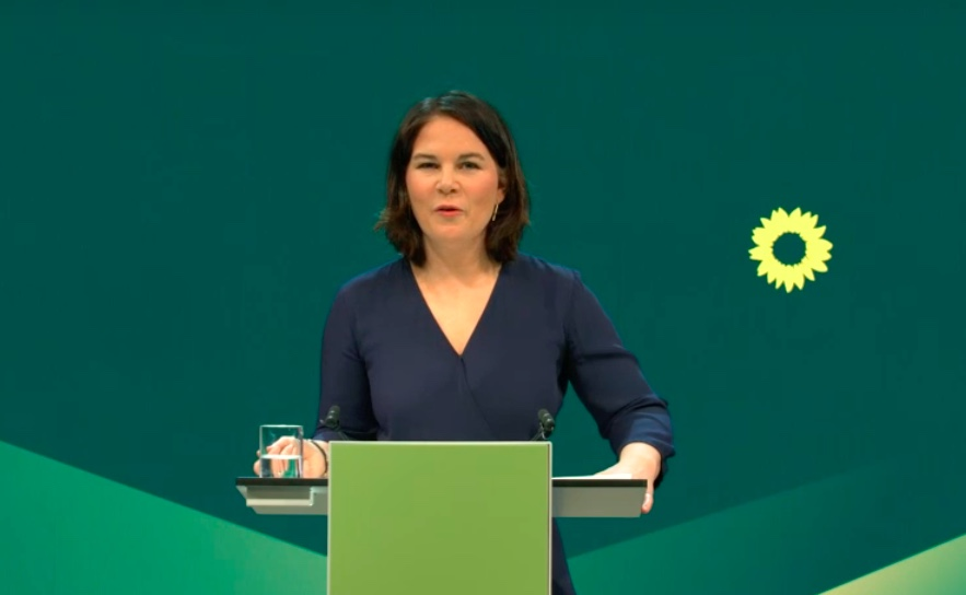 Party leader Groenen fights plagiarism accusations - Germany Institute