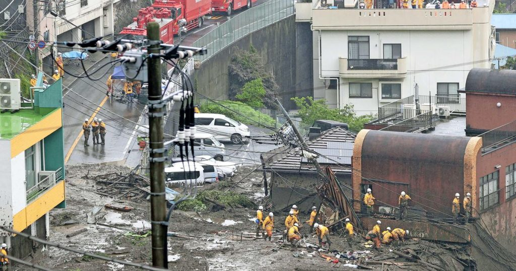 Rain complicates rescue operations after mudslide in Japan |  Abroad
