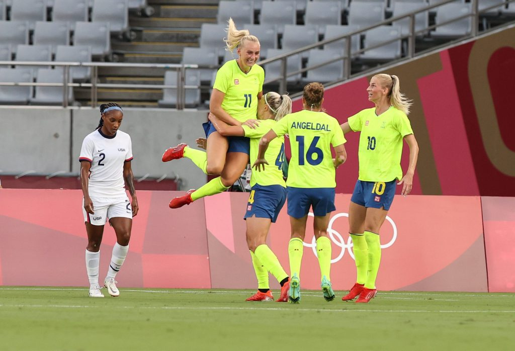    Sweden beat America in Olympics group 1 game
