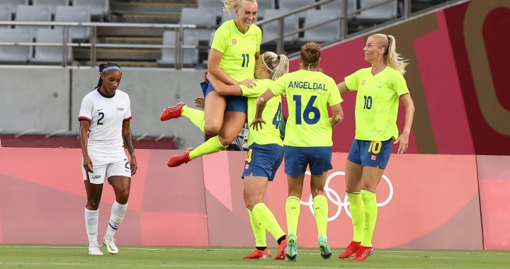 |  Sweden beat America in Olympics group 1 game