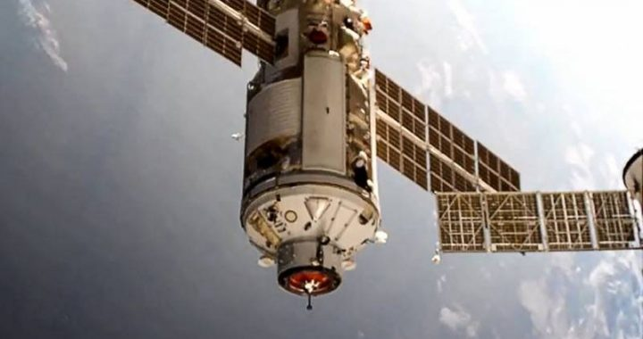 The ISS adrift for a while by runaway module
