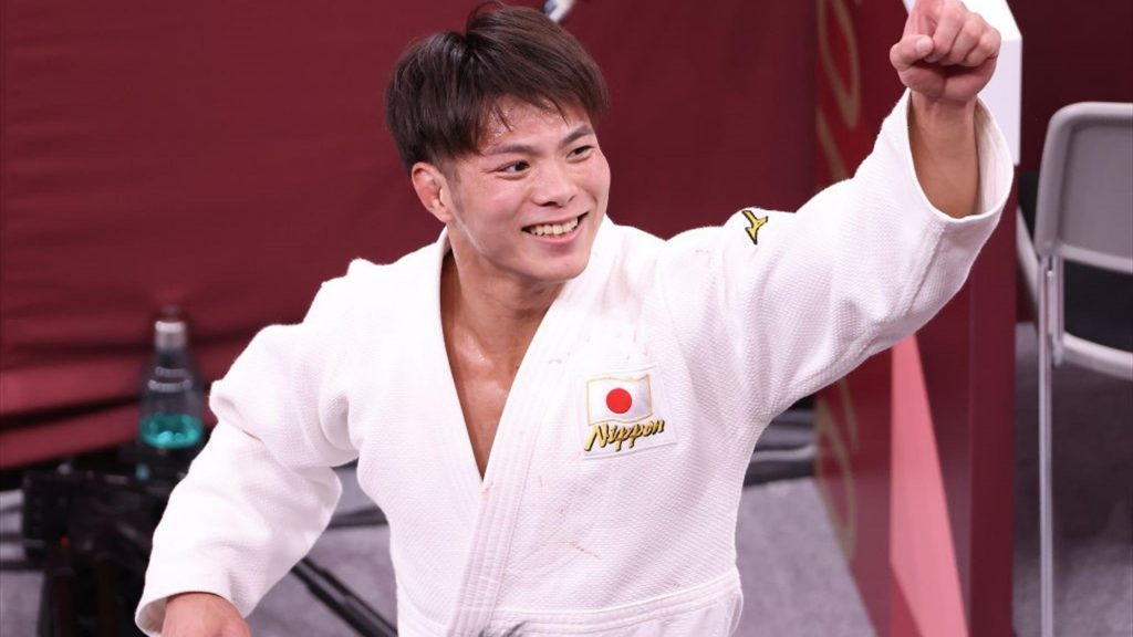Tokyo 2020 |  Japanese brother and sister Abe both clinch gold in judo
