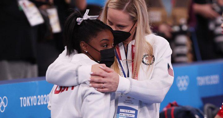 Tokyo 2020 |  Russia win gymnastics team final after Biles retires
