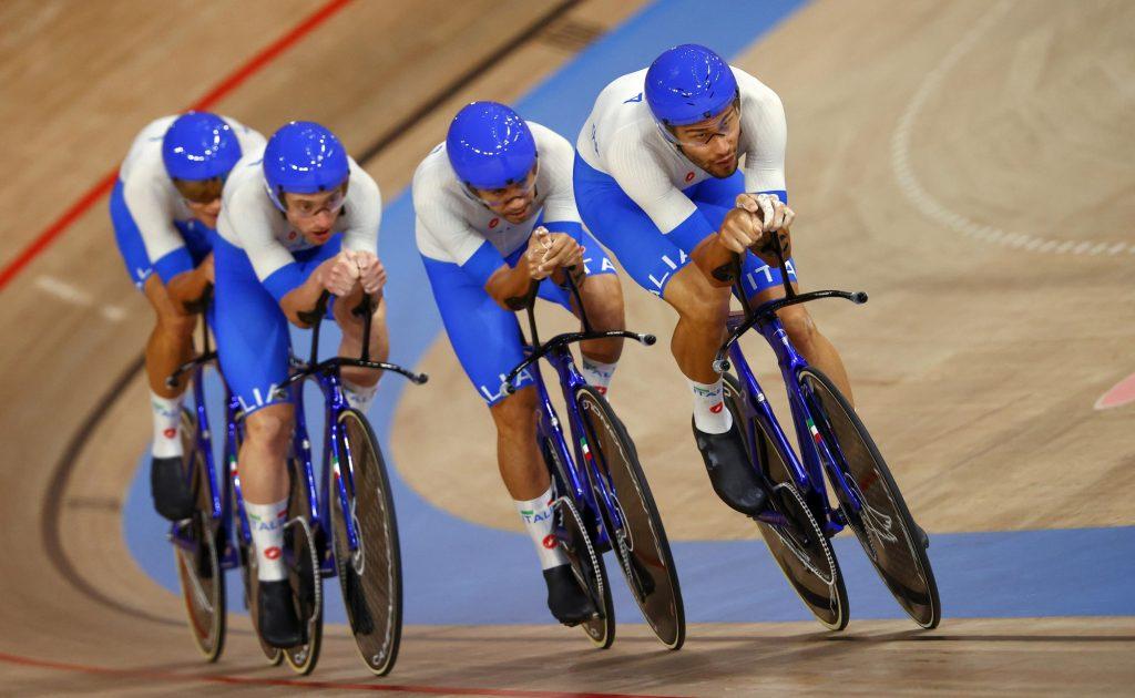 Olympische Spelen: Italië knokt zich naar goud en wereldrecord op ploegenachtervolging