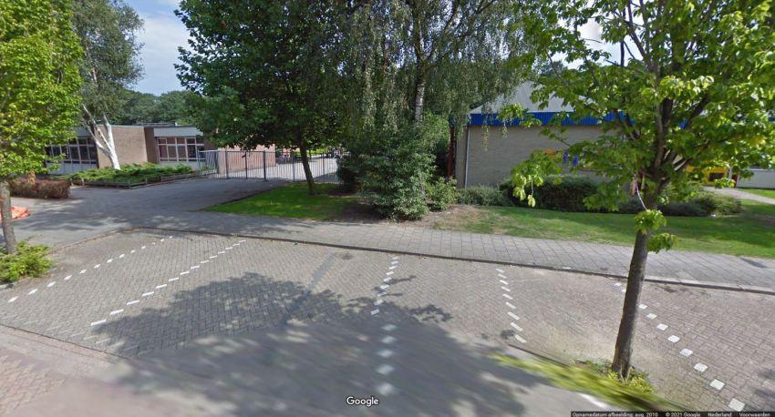 De Regenboog and De Kwinkslag schools new building at the current location of Slagharen