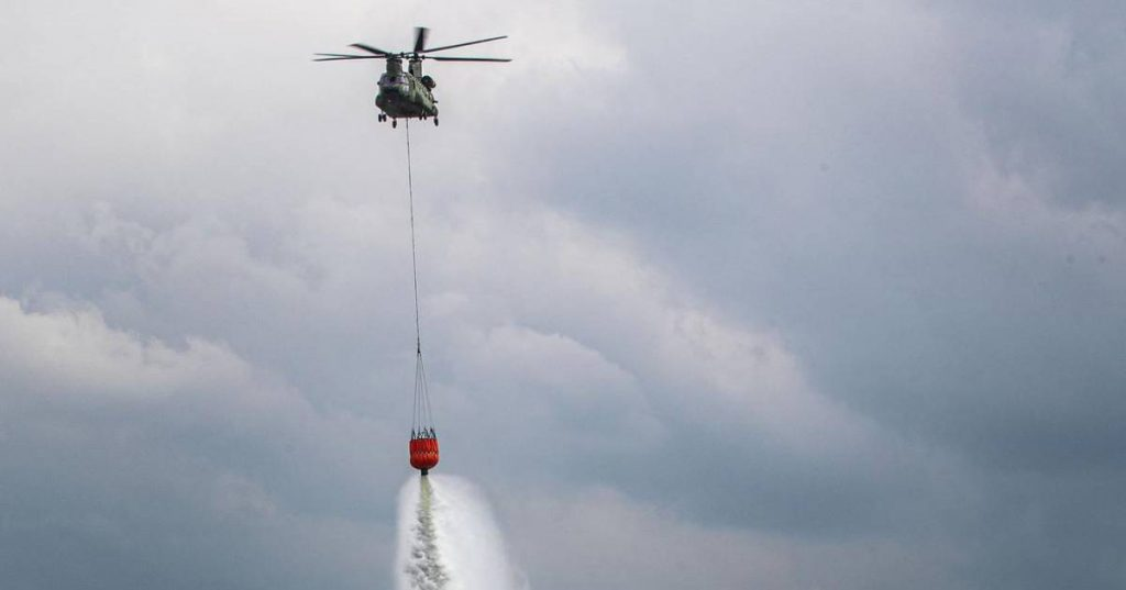 Dutch helicopters help Albanians put out forest fires |  Abroad