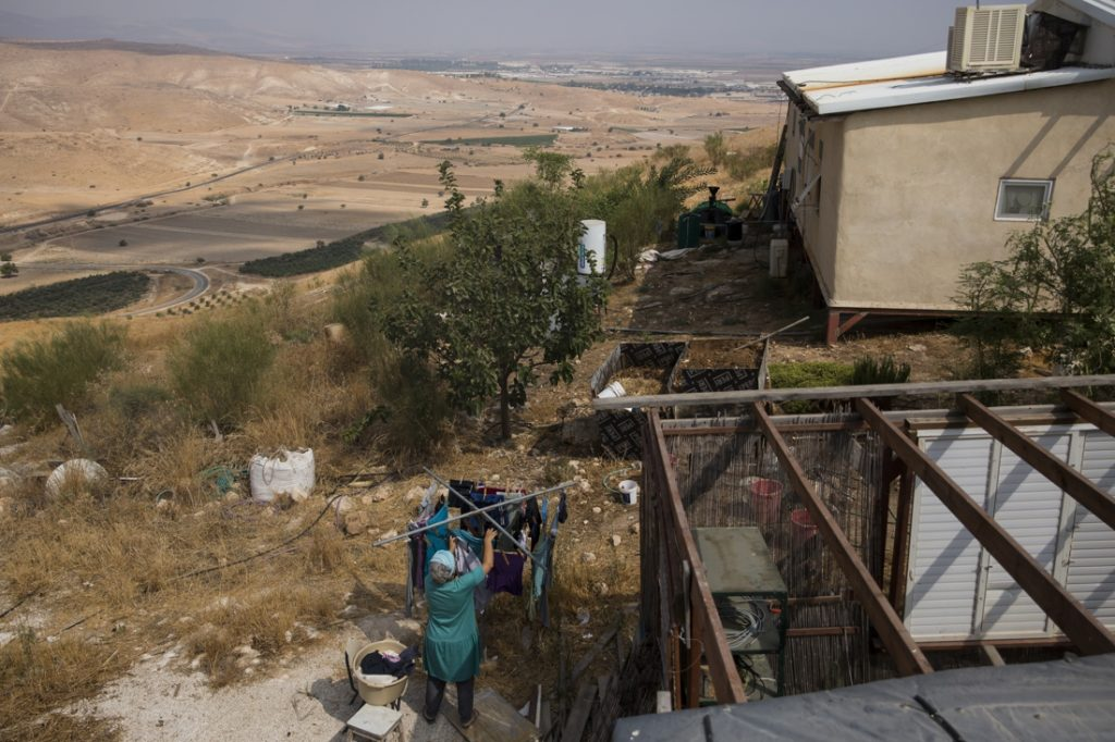 Israel to build 1,000 houses for Palestinians in the West ...