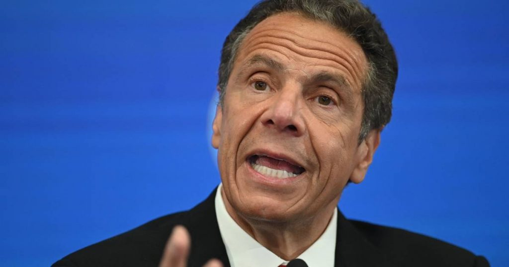 The ex-assistant files a complaint against Cuomo for groping the breast    Abroad