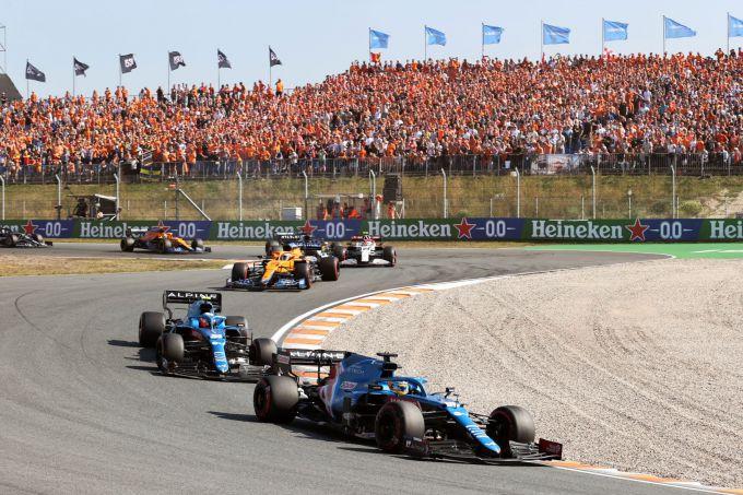 Fernando Alonso F1 Alpine leads midfielder in Zandvoort