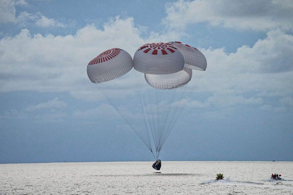Ruimtetoeristen na drie dagen terug op aarde