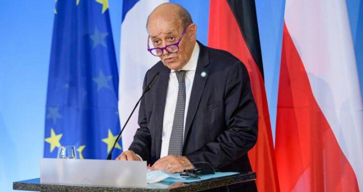 France recalls American and Australian ambassadors for a defense pact