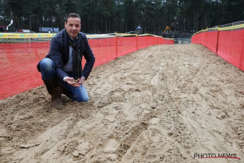 """Herygers counts on the presence of Van Aert and Van der Poel at the cyclocross world championships in 2022: """"A wonderful entertainment"""""""