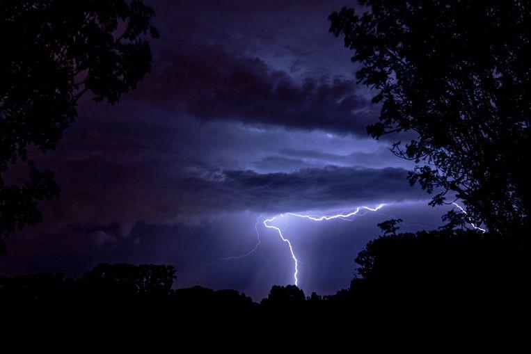 How do miles of lightning flash?  |  The morning