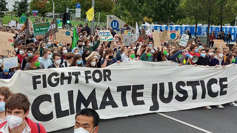 Mass in the streets for the climate just before the Bundestag elections