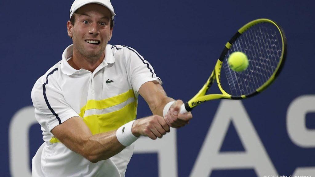 Newbie Van de Zandschulp stays sober after US Open triumph