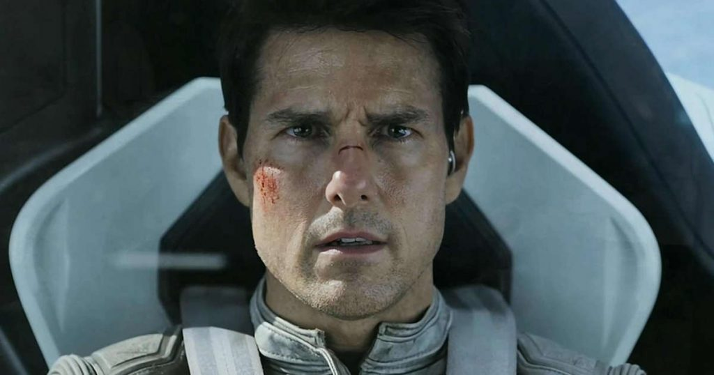 """Tom Cruise loses his """"space race"""" to the Russians"""