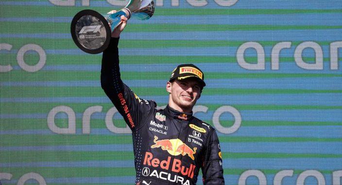 Red Bull ontrafelt zwakke plek Mercedes, Verstappen stopt met Drive to Survive
