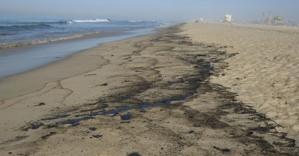 Hundreds of thousands of gallons of oil spilled into California coastal waters
