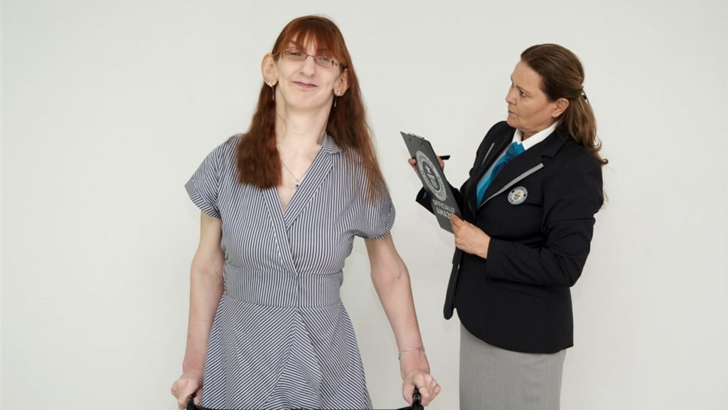 """Rumeysa is the tallest woman in the world: """"I feel special"""""""