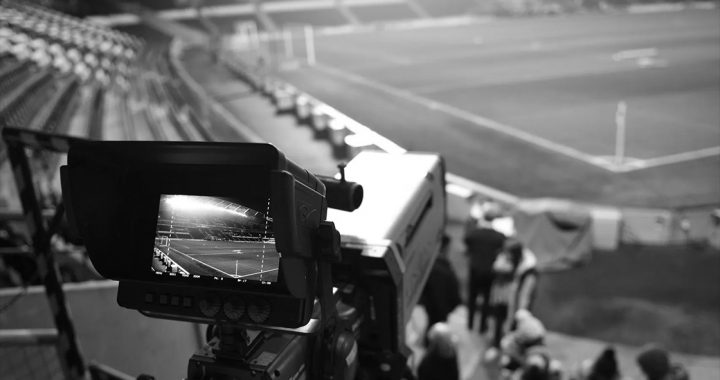 Watch the live stream from Newcastle and Tottenham